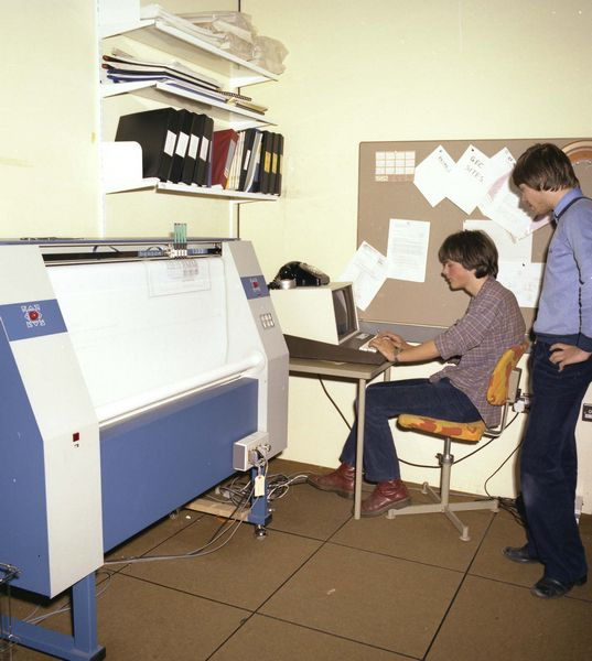Students using the Benson 1332 Plotter